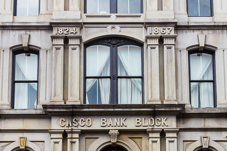 Casco Bank Block